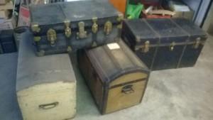 Febbraio 2015: bauli vintage recuperati da una cantina